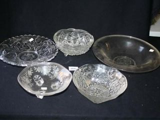 Glass Serving Bowls  5  Patterned Glass