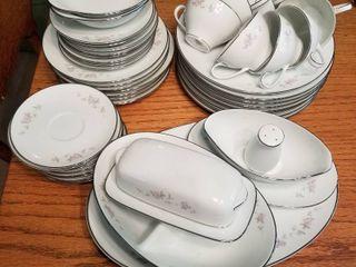 Noritake Bellemead china 47 pc set