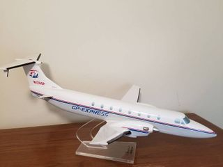 Beechcraft airplane model 1900 10 x 21 x 22