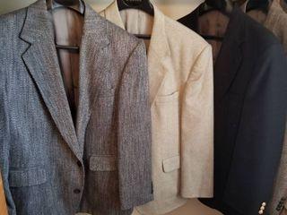 Mens suit jackets 44 short qty 3