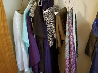 Womens clothes   scarves small medium