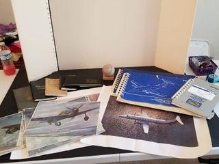Aircraft photos and maintenance manuals