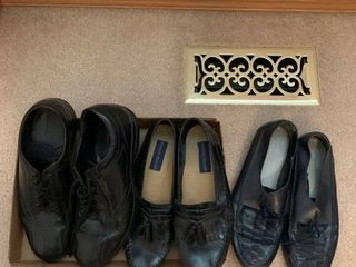 Mens shoes size 9 1 2