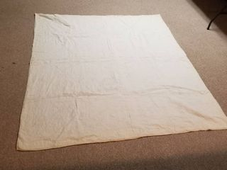 White quilt 5 ft x 6 ft