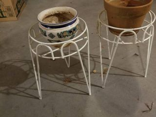 Plant stands 15  tall set of 2 with pots