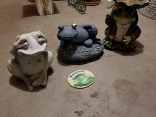 Frog decor  tallest is 9