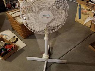 Performance Plus Oscillating fan 42  tall