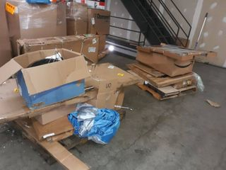 2 pallets of miscellaneous items