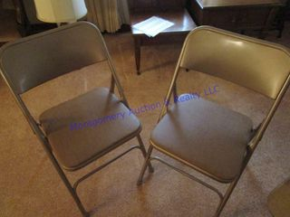 CARD TABlE   CHAIRS