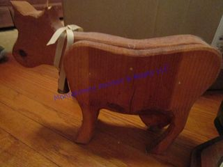 COW DOOR STOP AND BOXFUl