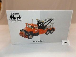 2001 Texaco Mack R Model Metal Wrecker