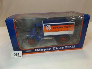 2013 Mack Cooper Tire Metal Truck