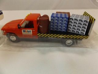 1992 Mobil Toy Truck