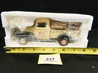 Ertl 1940 Ford Pickup Truck
