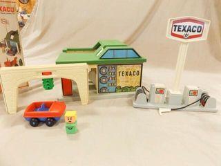 Playskool Texaco Station