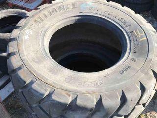 Used Set Of 2 Flotation Tires 600/50R22.5