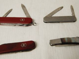 lot of 4 Utility Knives