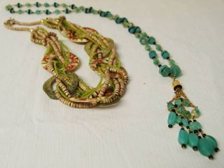 lot of Very Nice Fashion Necklaces