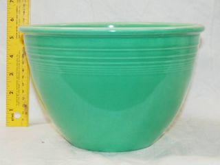 Fiesta Bowl   Mixing or Serving Bowl   Great color