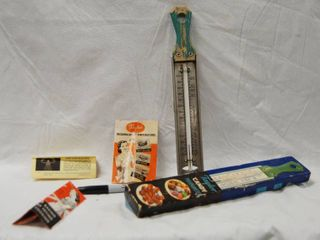 Taylor  Vintage Candy Thermometer w  Original Box Very Cool Item