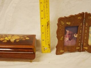 Beautiful Wooden Floral Design   Trinket Music Box and Picture Frame