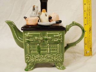 Vintage Tea Pot Stove   Very Cute