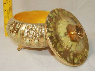 Beautiful Glass Candy Bowl with lid   Great Style   Matching Item on lot 6622