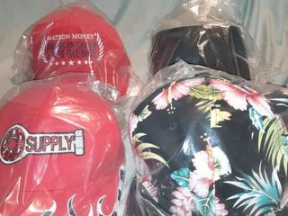lot of 4 Baseball Caps New in Packages  Matson Money Flex Fit  Rod End Supply Velcro Back  Snapback Tropical Flowers  Black HDO Sport Sunvisor