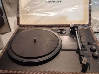 3 Speed Portable Turntable with Bluetooth Tested and Works