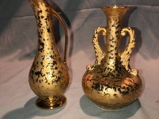 lot of 2 Weeping Hand Decorated 22k Gold Bud Vases location Shelf 3