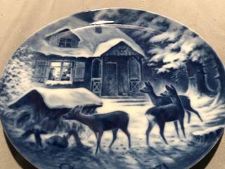 Kaiser Porcelain 1971 Christmas Decorative Plate location Shelf 3