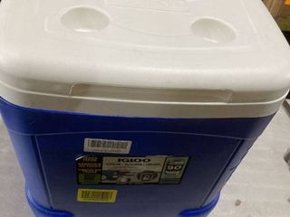 Igloo 56 liter Cooler with Wheels  Extending Handle and Cupholders