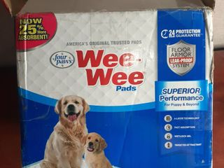 Four Paws Wee Wee Puppy Housebreaking Pads  150 Pack