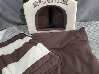 Best Pet Supplies Home Sweet Home Bed  Beige with Brown Strips