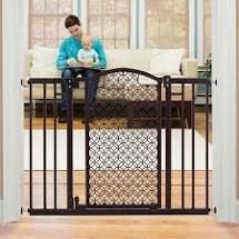 Summer Infant Modern Home Auto Close Baby Gate  Bronze  Bronze Black