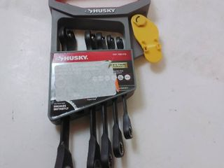 Husky 100 Position Double Ratcheting Wrench Set Metric  5 Piece