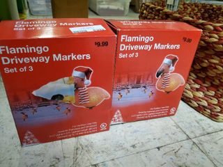 2 Boxes of 3 Flamingo Driveway Markers