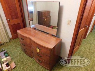 Dresser W Mirror 1 jpg