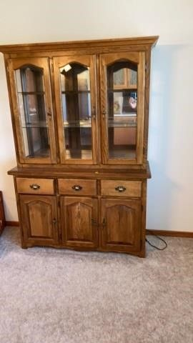 CHINA HUTCH IN GREAT CONDITION