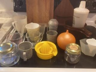 CUTTING BOARDS   MEASURING CUPS JUICER   UNION