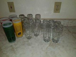 SMAllER DRINKING GlASSES