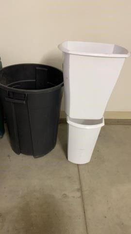 1 BIG GARBAGE CAN AND 2 KITCHEN WASTE BASKETS