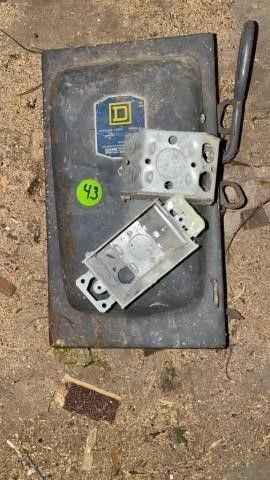 SQUARE D ElECTRICAl BOX