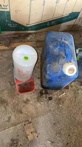 GAS CAN AND WATERER