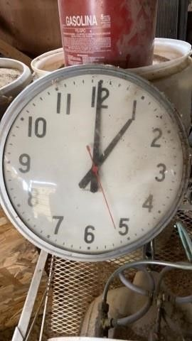 BIG ClOCK FOR SCHOOl