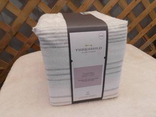 Threshold Queen flannel sheet set
