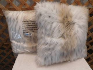 2 extremely soft Threshold toss pillows 24inx24in