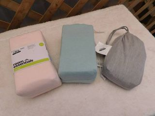 lot of 3 pillowcase sets  2 king one standard