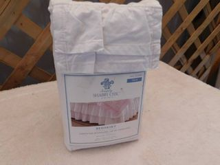 Simply Shabby Chic twin bedskirt 39inx75inx15in drop