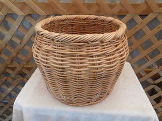 Threshold wooden basket 20in diameter x15in H